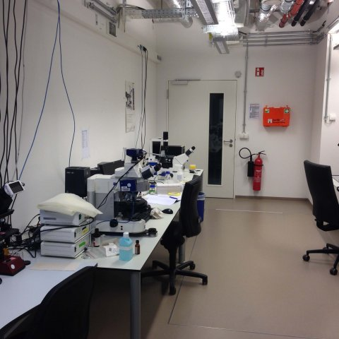 IKMB microscopy lab